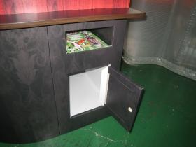 A4カタログ置き&ストックボックス